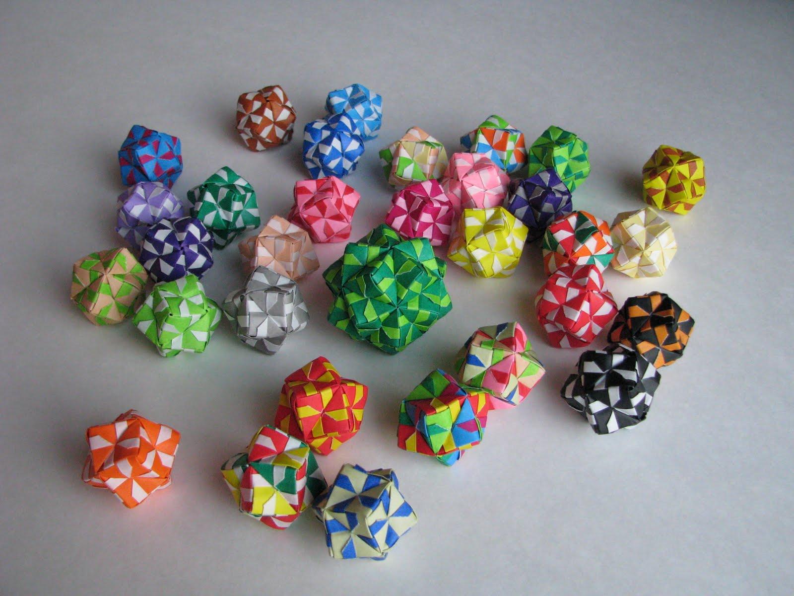 Lots of Origami Balls
