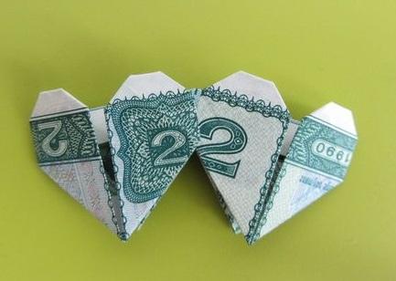 Twin Origami Heart Dollar