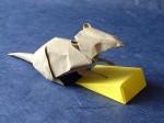 Origami Mouse with its cheese