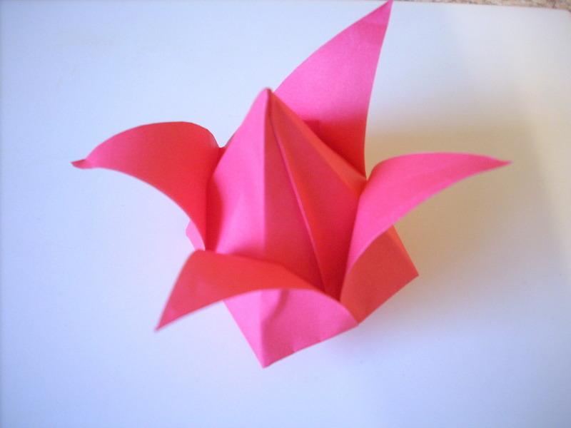Pretty Origami Tulip
