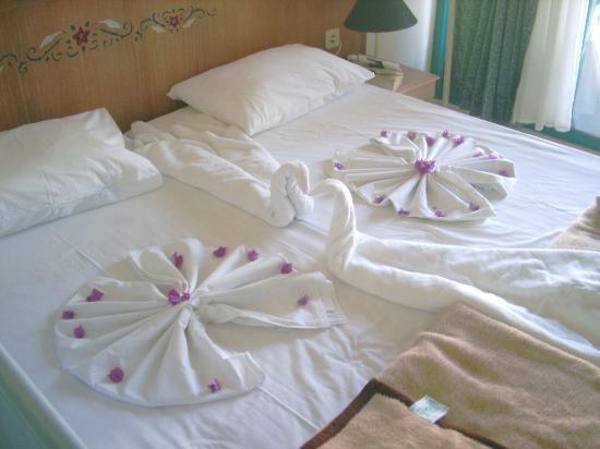 Pretty Towel Origami