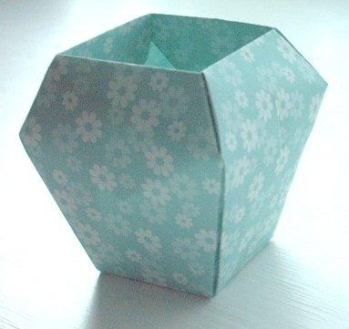 Pleasant Origami Flower Vase