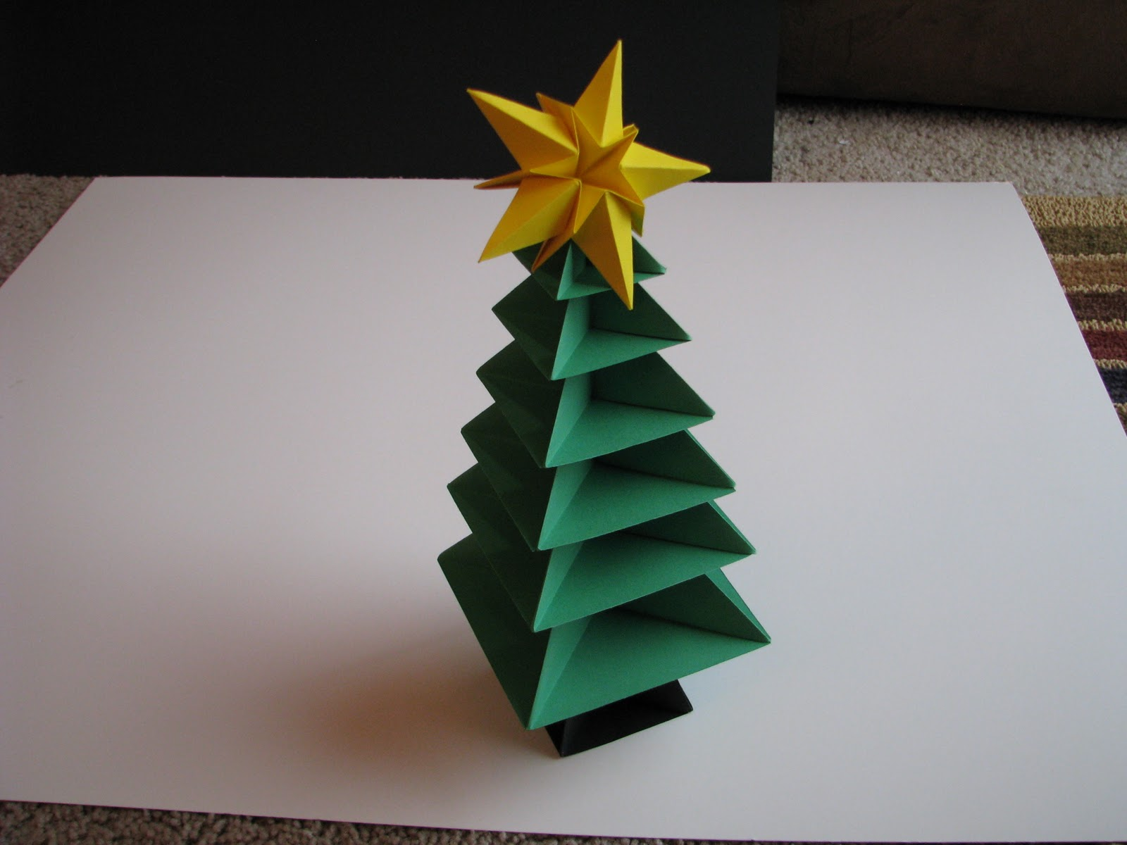 Pleasing christmas tree origami