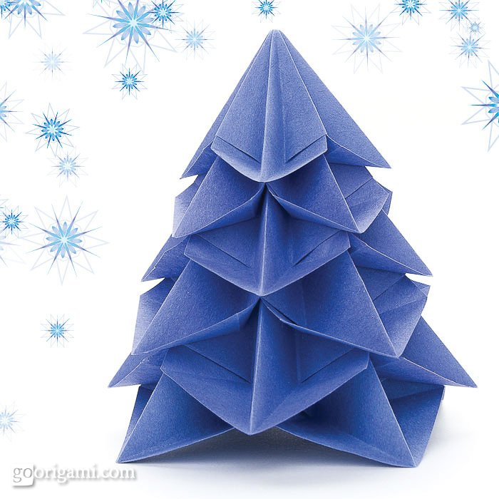 Graceful origami christmas tree